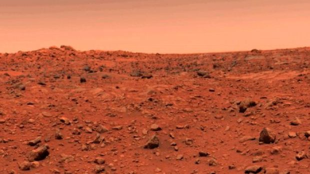 Bigger spacecraft planned for long Mars trip: NASA director