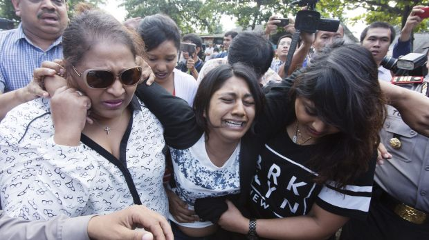 Brintha Sukumaran, sister of Myuran Sukumaran, arriving at Wijaya Pura in Cilacap on the day of the execution of her brother.