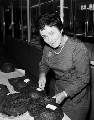 Margaret Fulton judging at the Royal Easter Show in the 1960s.