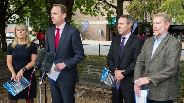 South East Region for Renewable Energy Excellence (SERREE) director Liz Veitch, Environment Minister Simon Corbell, ...