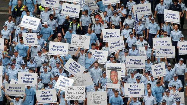 Thousands of police officers protest in Sydney today.