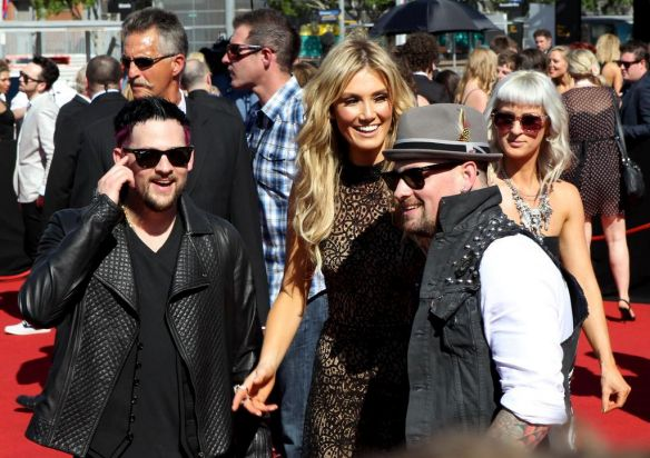 Delta Goodrem and Joel and Benji Madden on the red carpet at the Arias in Homebush, Sydney.