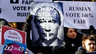 Opposition protest rallies across Russia (Video Thumbnail)