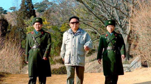 North Korean leader Kim Jong-il (C) inspects the command unit of Korean People's Army unit 109 at an undisclosed ...