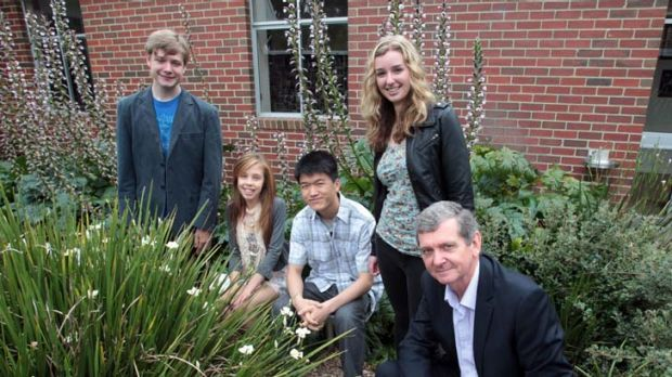 From left are Huntingtower school students Hamish Gould, Kahli Joyce, Hansen Shen and Alison Pettit with Principal ...