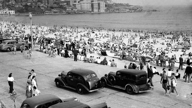 Busy in Bondi ... revellers enjoy the beach on Christmas Day in 1944.