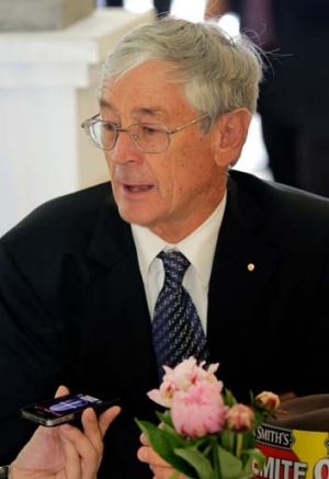 Will he invest? ... Dick Smith.