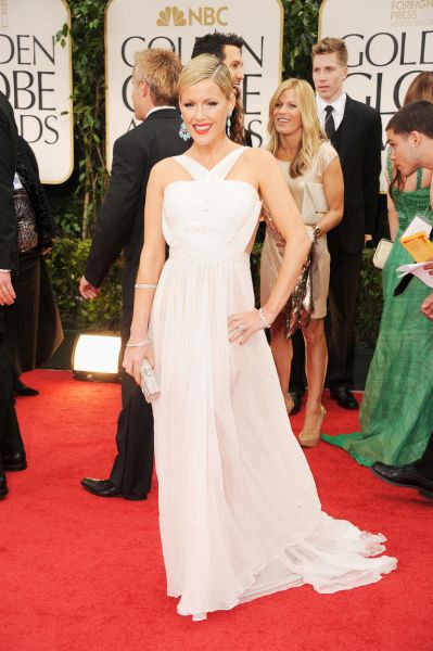 Actress Kathleen Robertson arrives at the 69th Annual Golden Globe Awards.