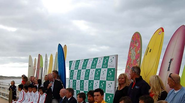 Battle lines: The Australian and Chinese Davis Cup teams at yesterday's draw.