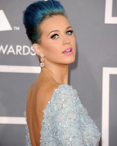 Katy Perry arrives at the Grammy Awards.