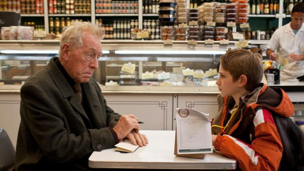 Max von Sydow and Thomas Horn in <i>Extremely Loud & Incredibly Close</i>, a coming-of-age story in the aftermath of the ...