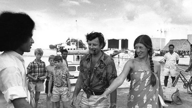 Fairfax and Cook arrive on Tarawa, an atoll in the Pacific Ocean.