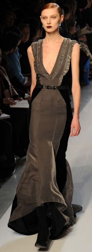 Stealth wealth look... a slimline, show-stopping evening gown from Bottega Veneta.