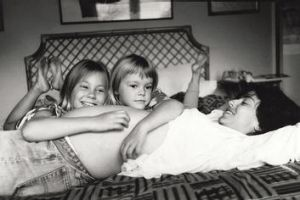 Role model … Matilda Brown (centre) with mother Rachel Ward and sister Rosie in 1993.
