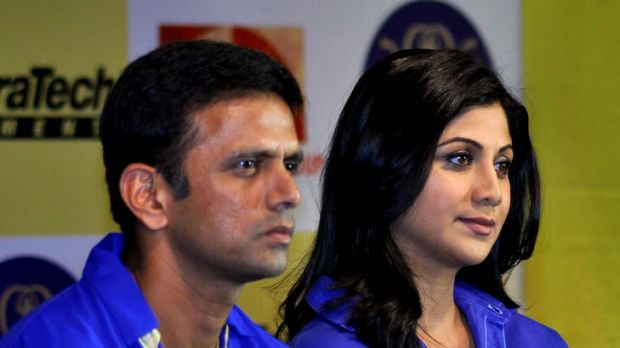 Rahul Dravid and Bollywood actress Shilpa Shetty unveil the Rajasthan Royals' new IPL jersey in Mumbai this week.