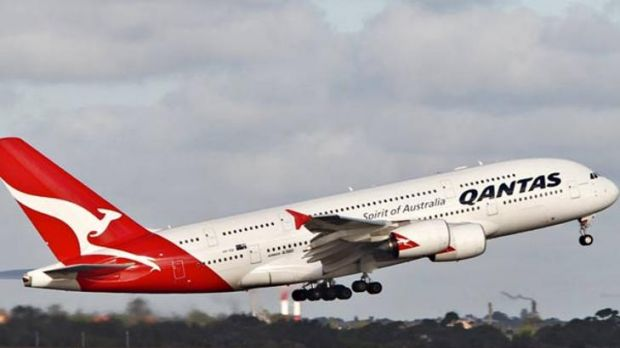 Qantas chief vows to stay