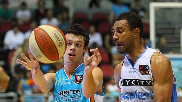 Jason Cadee of the Blaze passes during the round 25 NBL match against the New Zealand Breakers at the Gold Coast ...