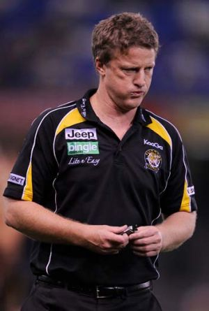 Damien Hardwick... contract or not, he would not stand in the way of an assistant who applied for the senior job at ...