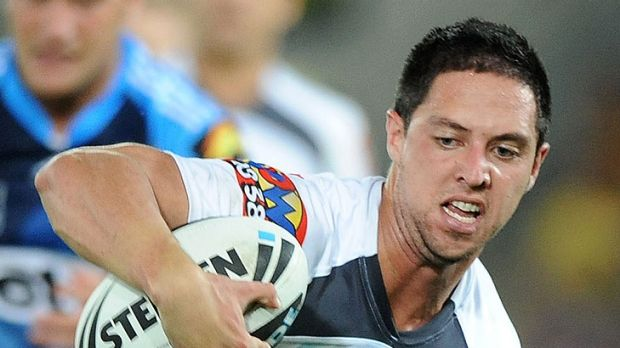Gerard Beale has signed with the St George Illawarra Dragons for three years.