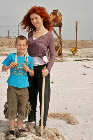 Director Alma Har'el with Benny Parrish, one of the subjects of <i>Bombay Beach</i>.