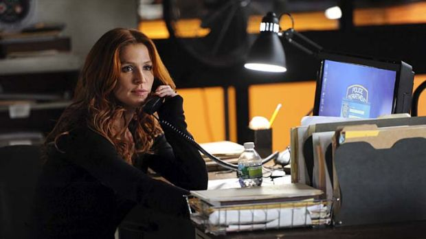 Sassy ... Poppy Montgomery as Carrie Wells in <em>Unforgettable</em>.