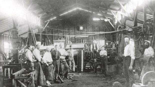 Joseph Furphy working at his brother's foundry in 1889.