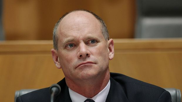 Queensland Premier Campbell Newman has promoted his decision to freeze the standard domestic tariff as a cost of living ...