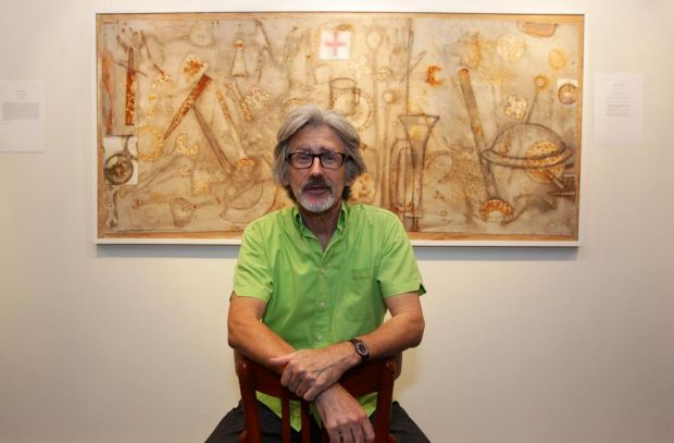 "Geoff Harvey with his painting ""Trench Interment"", that took out the Gallipoli art prize. Sydney."