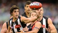 Magpies win Anzac Day thriller (Video Thumbnail)
