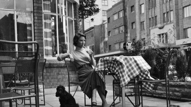 High Society ... Diana Fuller at the Rex Hotel in the Cross in 1954.