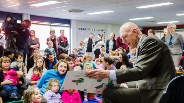 MP Peter Garrett reads a book to children at the launch of the 2012 Australian Early Development Index held at Mount ...