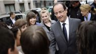 Hollande relaxed on last campaign day (Video Thumbnail)
