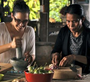 Marion and her mother Noi Grasby prepare the Thai dishes that flavoured her childhood.