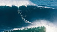 Award for biggest wave ever surfed (Video Thumbnail)