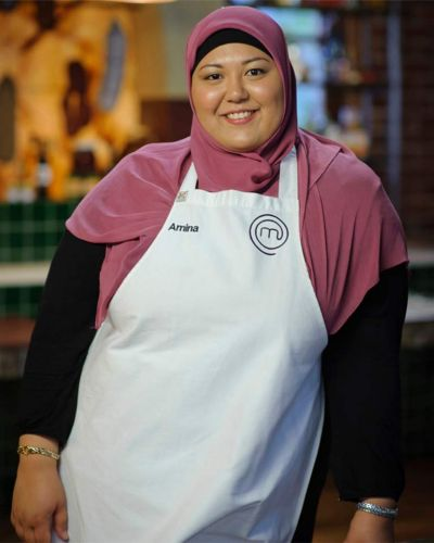 Amina Elshafei - Amina says French cooking ? and pastries - are her weakness. Her favourite ingredient is olive oil.