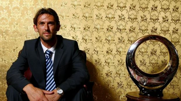 Tony Popovic will today be unveiled as the inaugural coach of the new western Sydney A-League franchise.