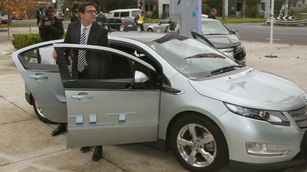 Greg Combet at yesterday's launch of the Holden Volt.