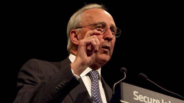 Mr Keating pays tribute to Bill Kelty amid a gathering of party elders.