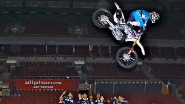 Rare air … Cronulla players were in awe of Nitro Circus yesterday at Allphones Arena. The Sharks have also risen ...