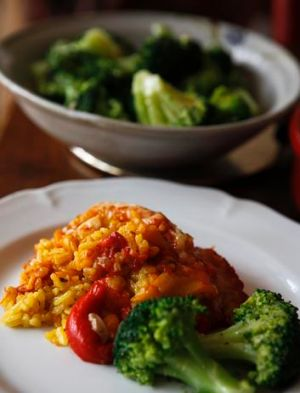 Piments doux a la piemontaise - baked risotto with sweet peppers, served with braised broccoli.