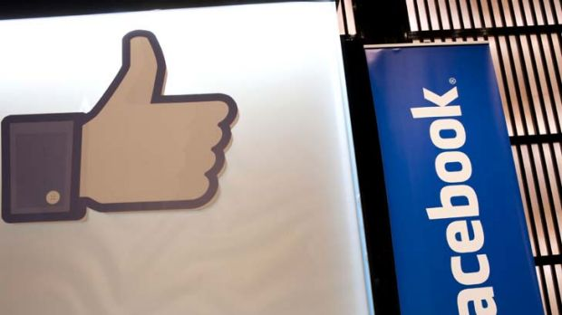 Burglars give Facebook and Twitter a big thumbs for letting them know when people are out of the house.