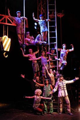 The ensemble cast of Circus Oz performers.