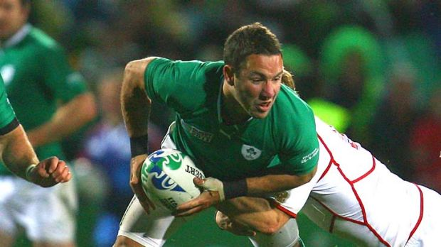Inside running ... Paddy Wallace will paly in the No.12 jersey for Ireland.