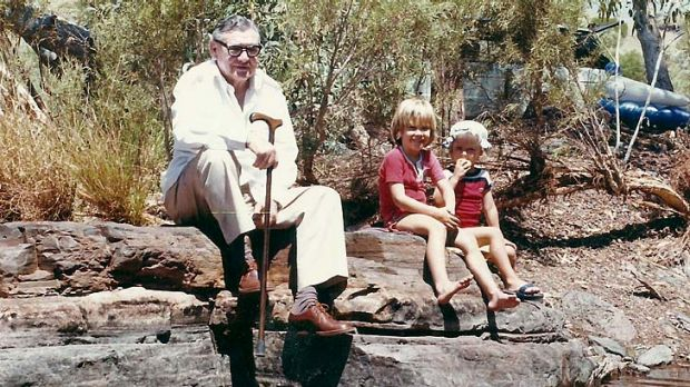 Fractured dynasty ... Lang Hancock with two of his grandchildren, John, aged about five, and Bianca, aged about four. ...