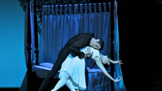 Adam Bull and Amber Scott as Onegin and Tatiana.