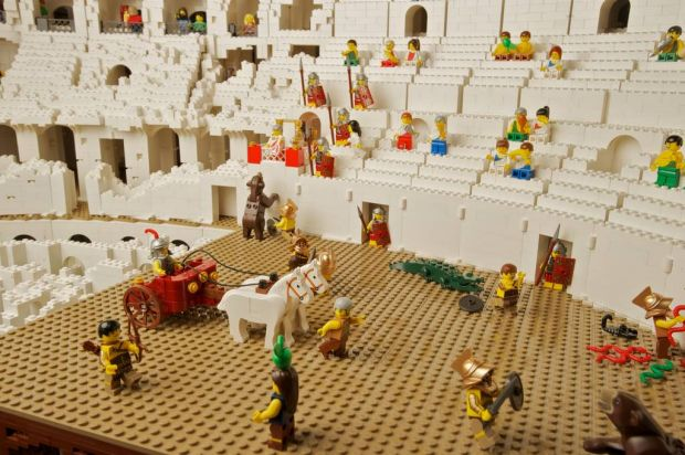 Lego professional Ryan McNaught has built a Lego Colosseum for Sydney University.