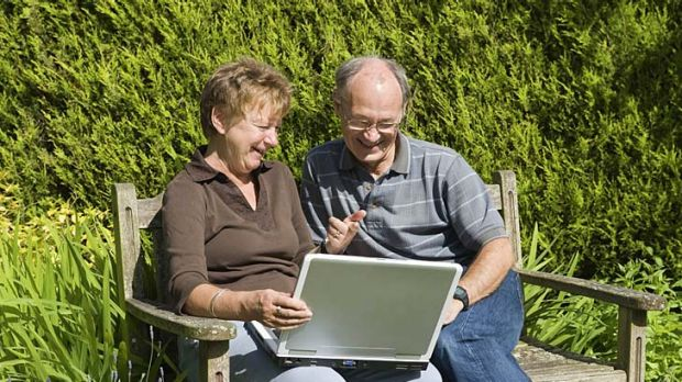 Sharing photos and chatting online can help reduce loneliness in elderly people who are socially isolated, a Melbourne ...