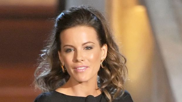 Speaking out ... Kate Beckinsale resents cosmetic surgery pressure.