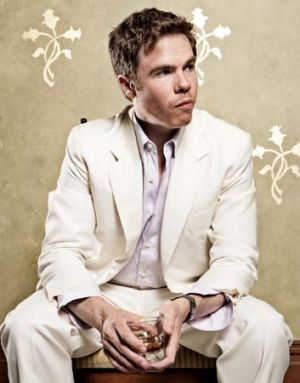 American artist Josh Ritter is making easy listening and country rock cool.