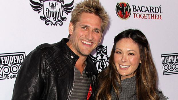 Making it official ... Curtis Stone and Lindsay Price are engaged.